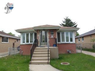 4709 North Nagle Avenue, Harwood Heights IL