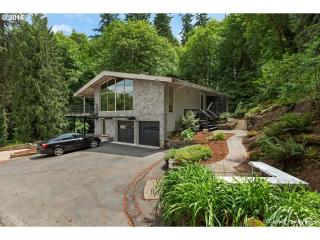 1837 Cedar Court, Lake Oswego OR