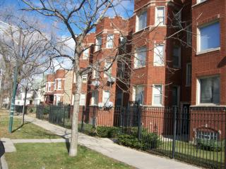 7000 S Yale Ave #2, Chicago, IL 60621