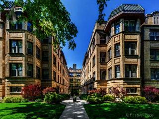 1362 West Greenleaf Avenue #2A, Chicago IL