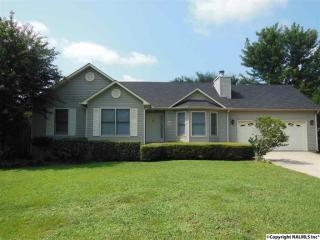 200 Backwood Trl, Hazel Green, AL 35750