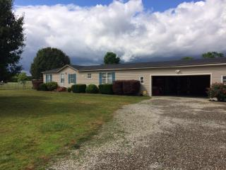 2651 State Hwy 55 E #W, Mount Olive, NC 28365