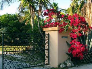 100 Sapodilla Drive #9, Islamorada FL