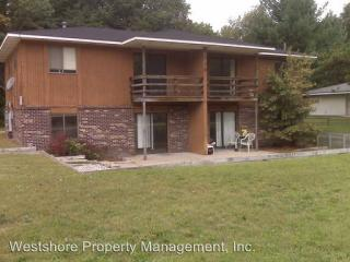 3959 Hess St, Norton Shores, MI 49444