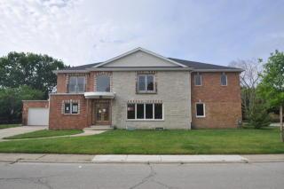 7255 North Kedvale Avenue, Lincolnwood IL