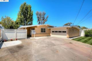27645 Loyola Avenue, Hayward CA