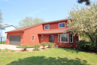 11850 West Woodland Circle, Hales Corners WI