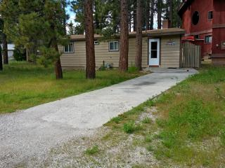 715 Chipmunk Lane, Big Bear Lake CA