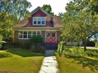 810 Whitewater Avenue, Fort Atkinson WI