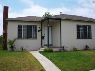 1651 22nd St, Manhattan Beach, CA 90266