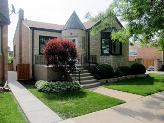 3045 North Oconto Avenue, Chicago IL