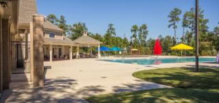 Falls at Imperial Oaks : Lakeside Collection by Lennar