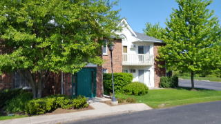 1341 Cunat Ct #1C, Lake in the Hills, IL 60156
