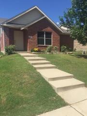 9021 Spurs Trail, Cross Roads TX