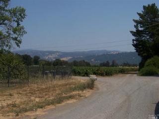 El Rancho Drive, Cloverdale CA