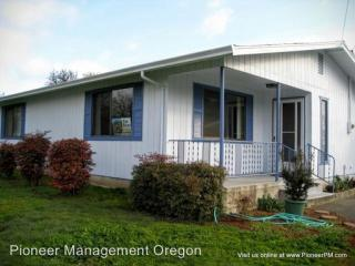 1090 Winston Section Rd, Winston, OR 97496