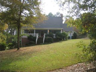 214 Saddle Mountain Rd SE, Rome, GA 30161