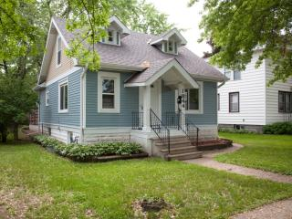 1844 Ross Ave E, Saint Paul, MN 55119