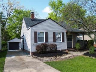 12703 Park Knoll Drive, Garfield Heights OH