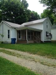 215 South Albany Street, Wolcottville IN