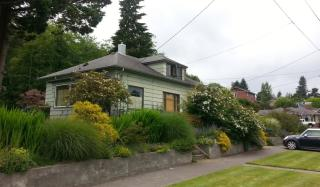 1403 3rd St, Astoria, OR 97103