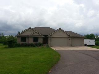 1425 Carriage Hill Drive, Hinckley MN