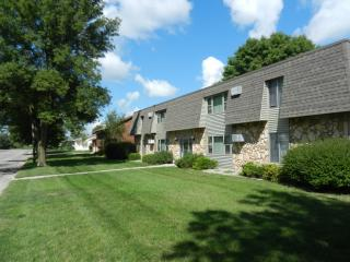418 Bryant Ave NW, Renville, MN 56284