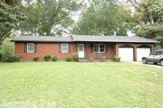 60 Plantation Dr, Little Rock, AR 72206