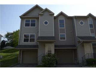 19 Hawthorne Dr #116, New London, CT 06320