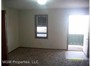 810 Coolidge St, Great Bend, KS 67530