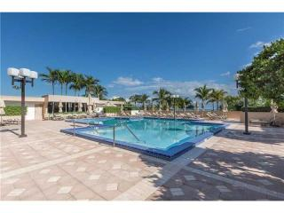 10175 Collins Avenue #1606, Bal Harbour FL