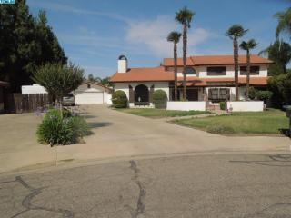 3033 South Vintage Street, Visalia CA