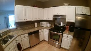 1300 N Prospect Ave #201, Milwaukee, WI 53202