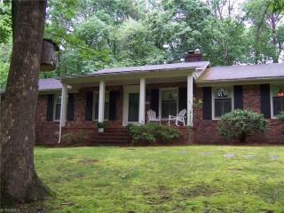 403 Tangle Drive, Jamestown NC