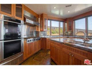 27091 Sea Vista Dr, Malibu, CA 90265