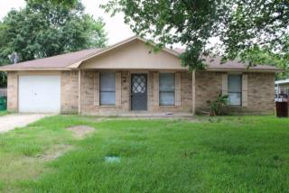 1110 Mowbray St, Sour Lake, TX 77659