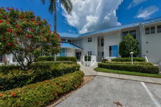 952 Sandpiper Circle, Bradenton FL