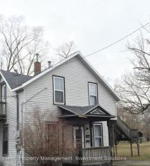 249 Orchard Ave, Muskegon, MI 49442