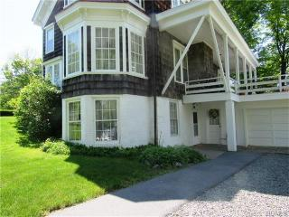 42 South St, Goshen, NY 10924