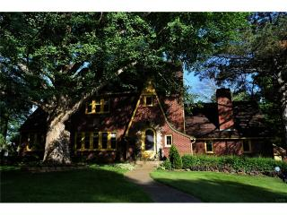 1652 Woodrow Drive, Springfield OH