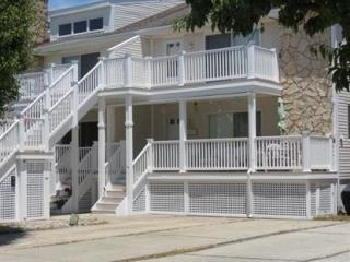421 W Bennett Ave, Wildwood, NJ 08260