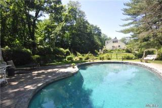172 Flower Hill Road, Halesite NY