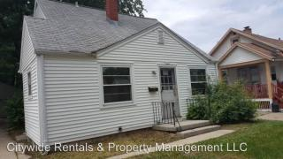 5909 N 38th St, Milwaukee, WI 53209