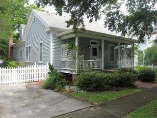211 Orange Street, Beaufort NC