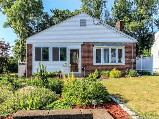 79 Piper Brook Avenue, Newington CT