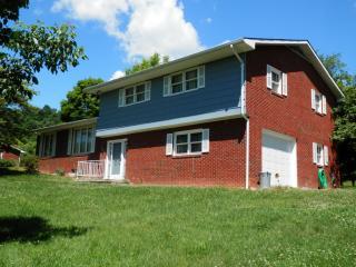 238 Smithfield Drive, Pennington Gap VA