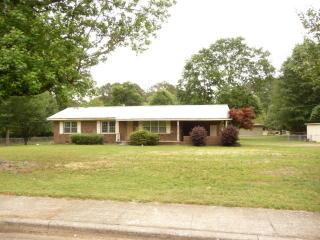 218 Rollie Avenue, Chatsworth GA