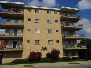 148 Circle Avenue #308, Forest Park IL