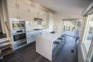 8489 Carlton Way, Los Angeles, CA 90069