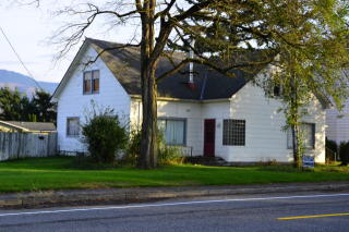 210 N Washington St, Everson, WA 98247